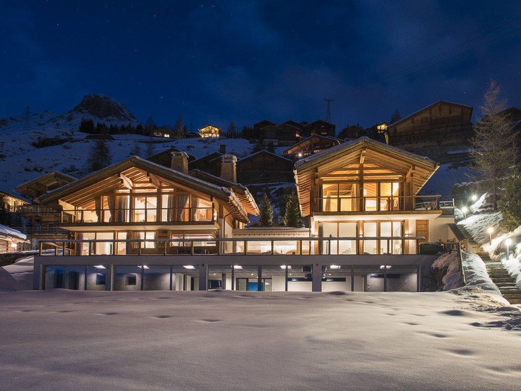 Prestigious 8-bedroom Chalet for sale in Verbier Switzerland